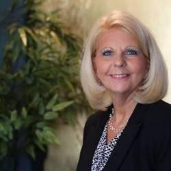 Linda Iken Robertson